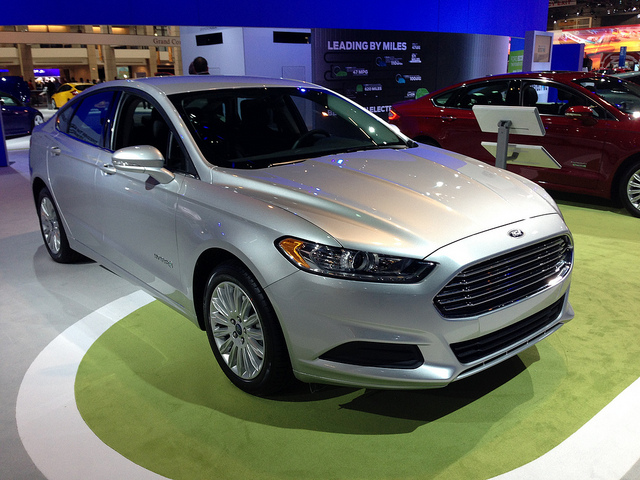 2013 Ford Fusion Hybrid at the 2013 CAS