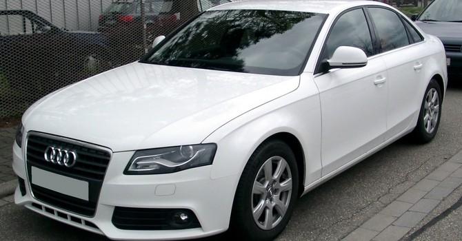 tn_08-Audi_A4_B8_front_20080414