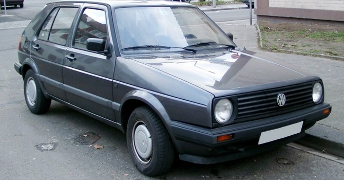 tn_98-VW_Golf_II_front_20080102