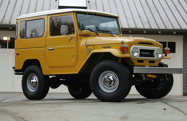 best old 4x4  14 Best Off-Road Vehicles Ever - Carophile