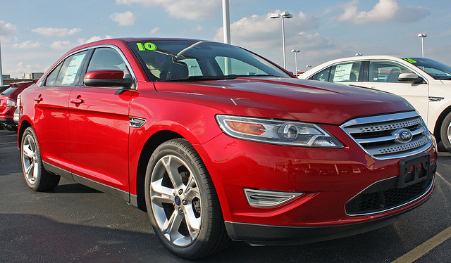 2010 Ford Taurus SHO (4 of 14)