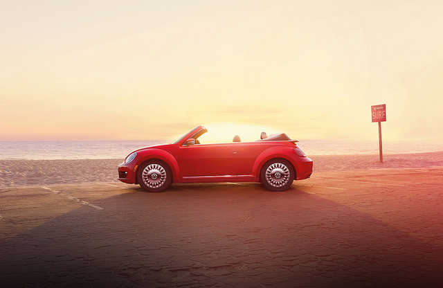 2015 Volkswagen Beetle Convertible 1.8T small car