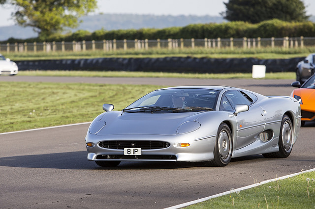 The Crown Prince Of Six Cylinder Cars Jaguar Xj220 Was Produced For Only 2 Years Between 1992 And 1994 275 Were Manufactured