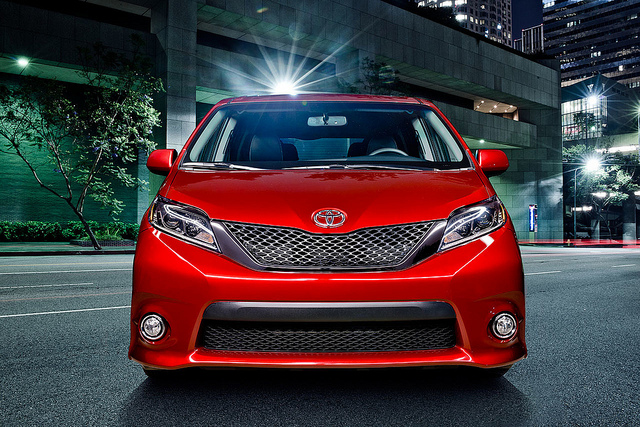 New 2015 Toyota Sienna Hybrid Changes Review