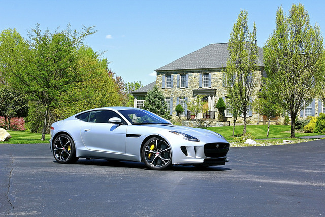 2015 Jaguar F-Type R: Sunday Drive