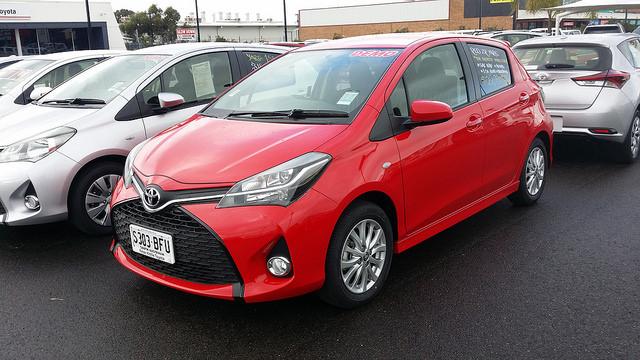 2015 Toyota Yaris ZR