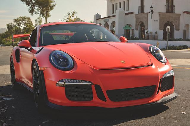 Porsche 911 GT3 RS in Lava Orange