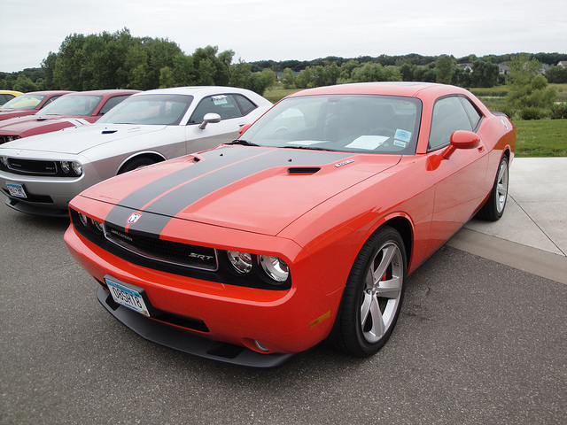 08 Dodge Challenger SRT 8
