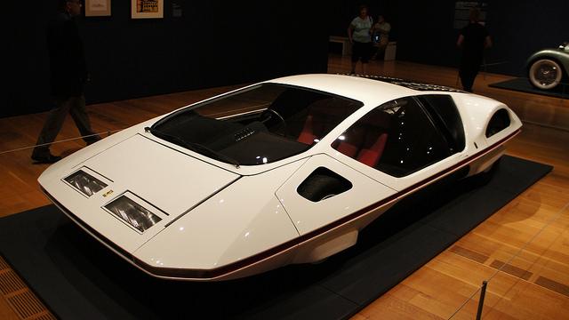 http://www.carophile.com/wp-content/uploads/2015/12/1970-Ferrari-512-S-Modulo.jpg