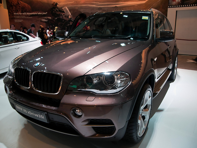 BMW World Singapore X5 sDrive35i