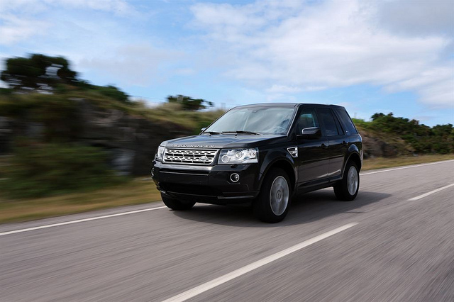 Land Rover 13 MY LR2   Premium New Look And Feel