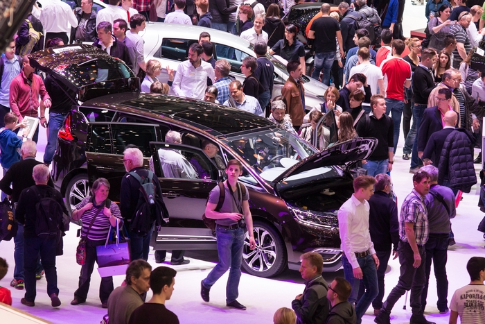 Crowd in the exhibition hall at Geneva Motor Show 2015