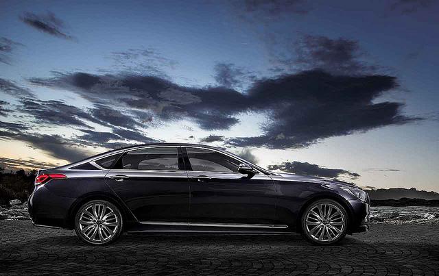 2015 Hyundai Genesis Sedan #2015, #Genesis, #Hyundai, #Sedan #Hyundai - http://carwallspaper.com/2015-hyundai-genesis-sedan/