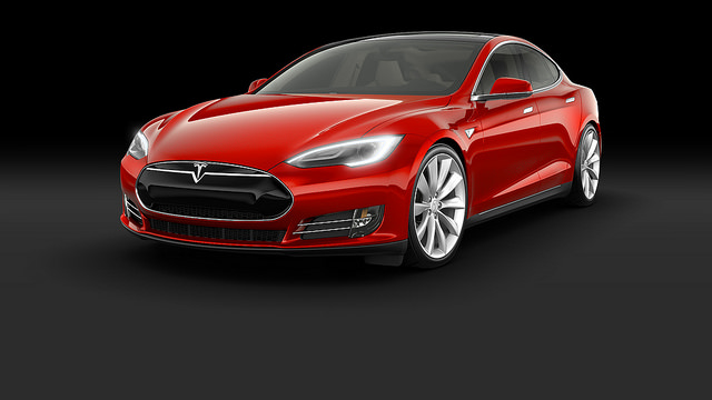 2015 Tesla Model S P85D Car Wallpaper