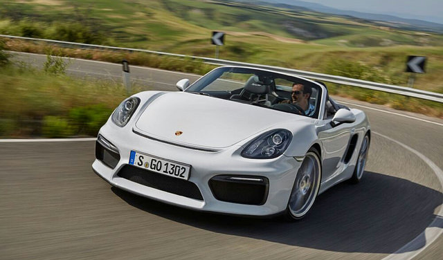 2016- Porsche Boxster Spyder Front Three Quarter In Motion 01
