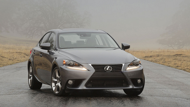 Lexus IS 350 2014 15 1920 X1080