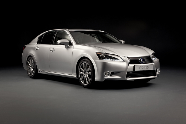 New Lexus GS 450h