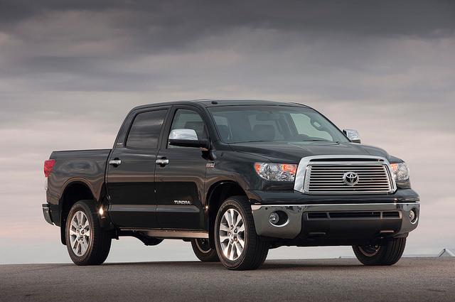 2010-2013- Toyota Tundra Crewmax Platinum Right Front 1
