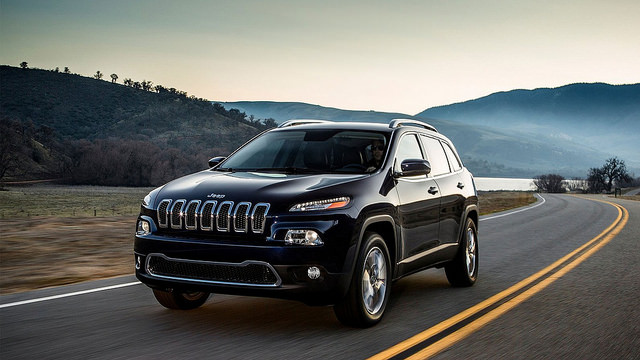 2015 Jeep Grand Cherokee Cars Pictures at http://carwallspaper.com/2015-jeep-grand-cherokee-cars-pictures/